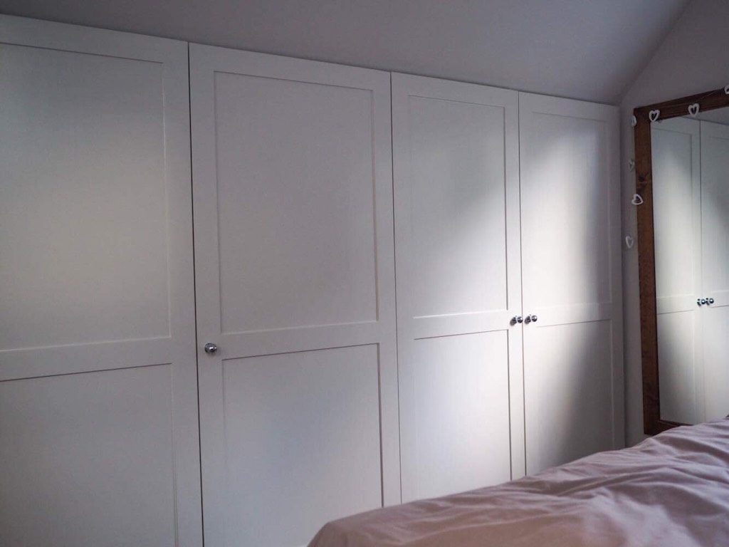 Eaves Bespoke Wardrobe fitted Carpentry by craig ross  bespoke thatcham berkshire