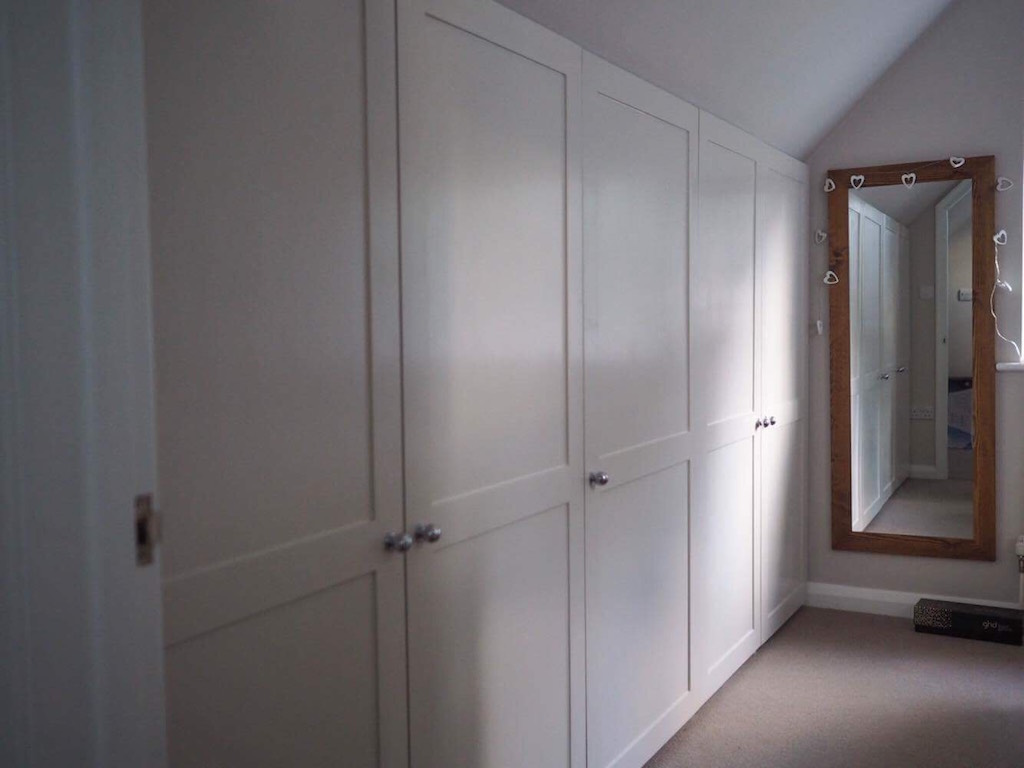 Eaves Bespoke fitted Wardrobe Carpentry by craig ross  bespoke thatcham berkshire