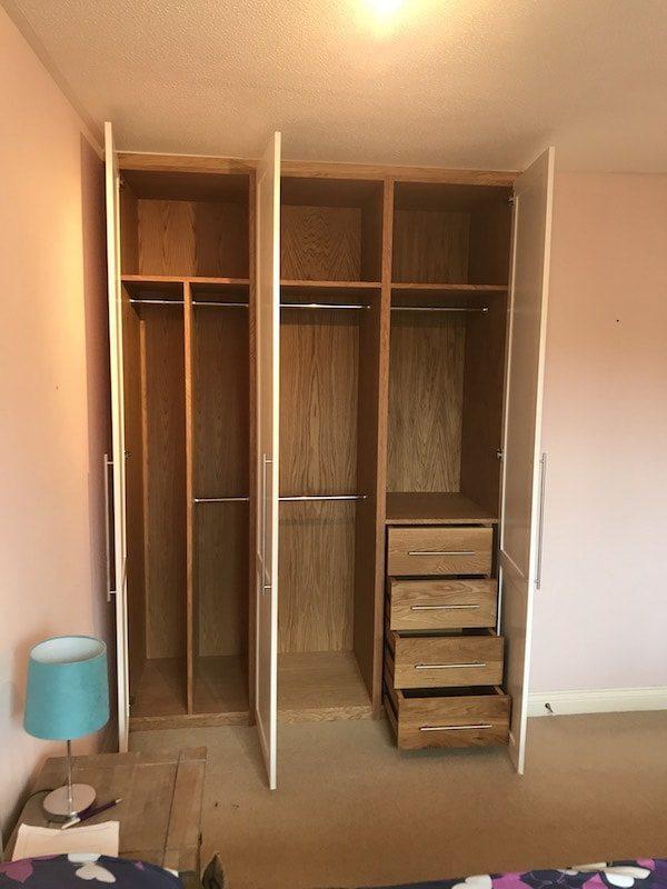 Bespoke Oak Triple Wardrobe Carpentry by Craig Ross Newbury Thatcham Berkshire Joiner